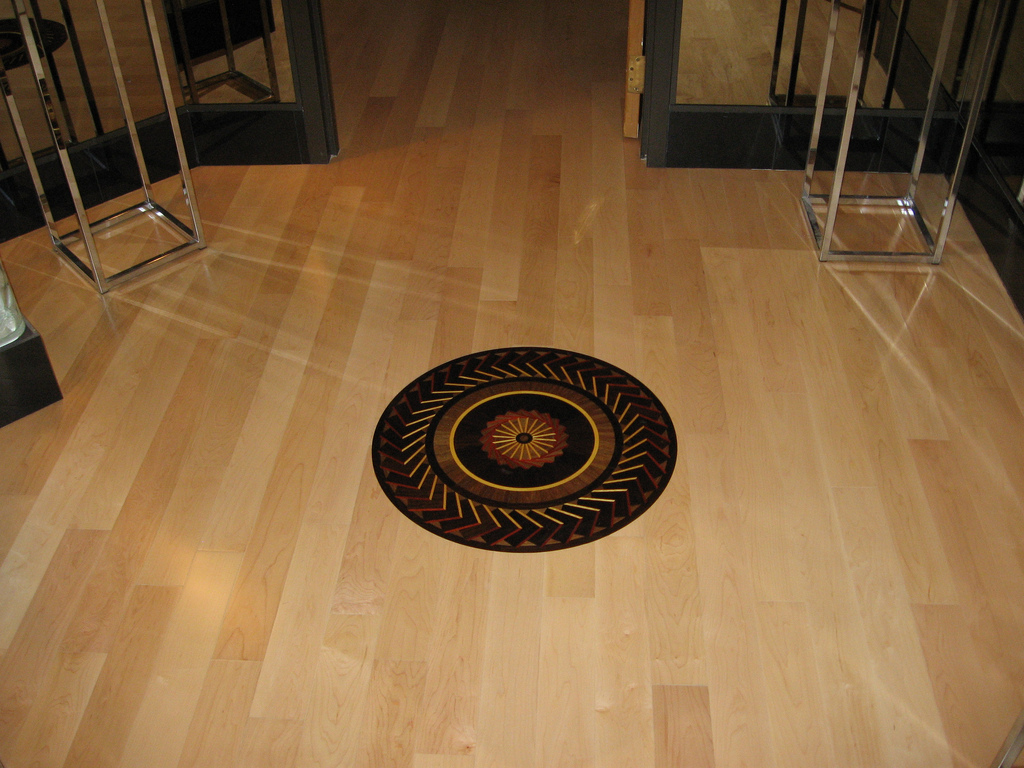 Wood floor medallions home design ideas and pictures for Wood floor medallion designs