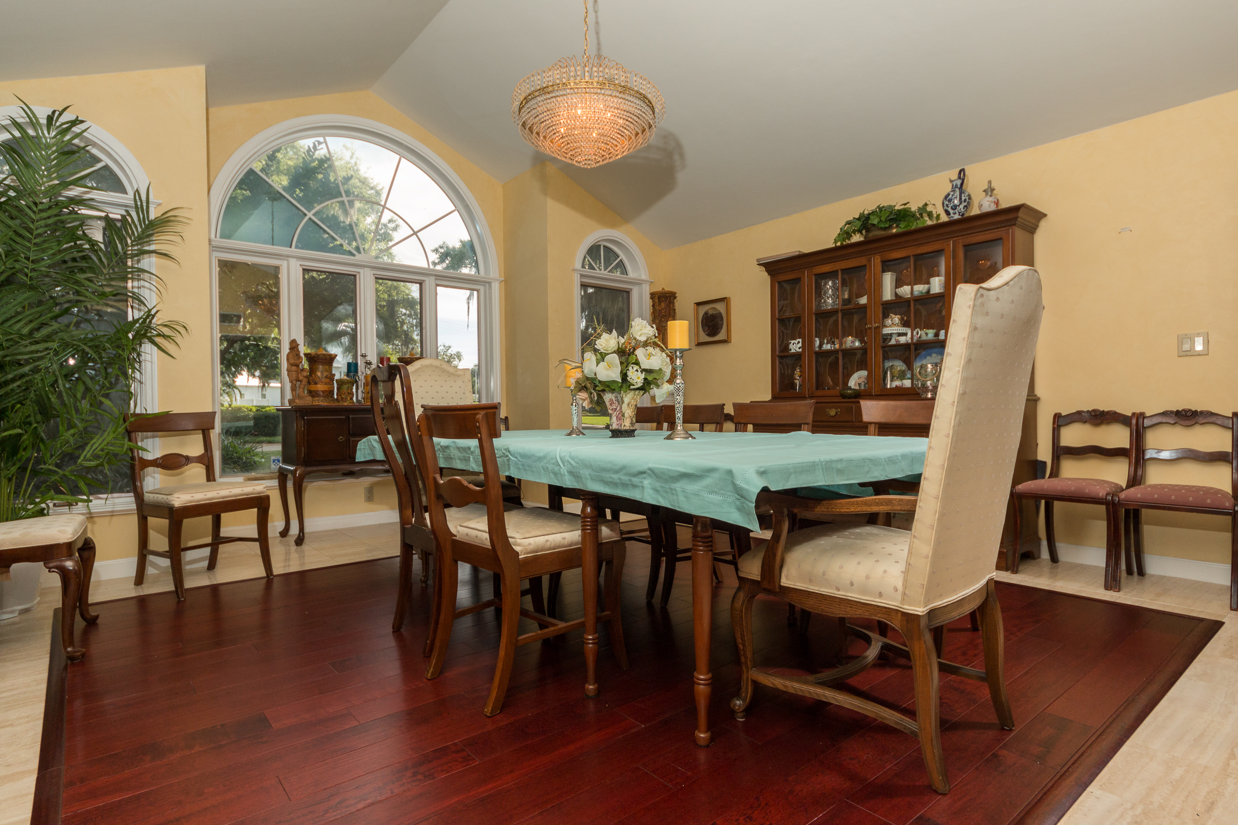 Brazilian Cherry Rouge Flooring in Dining Room
