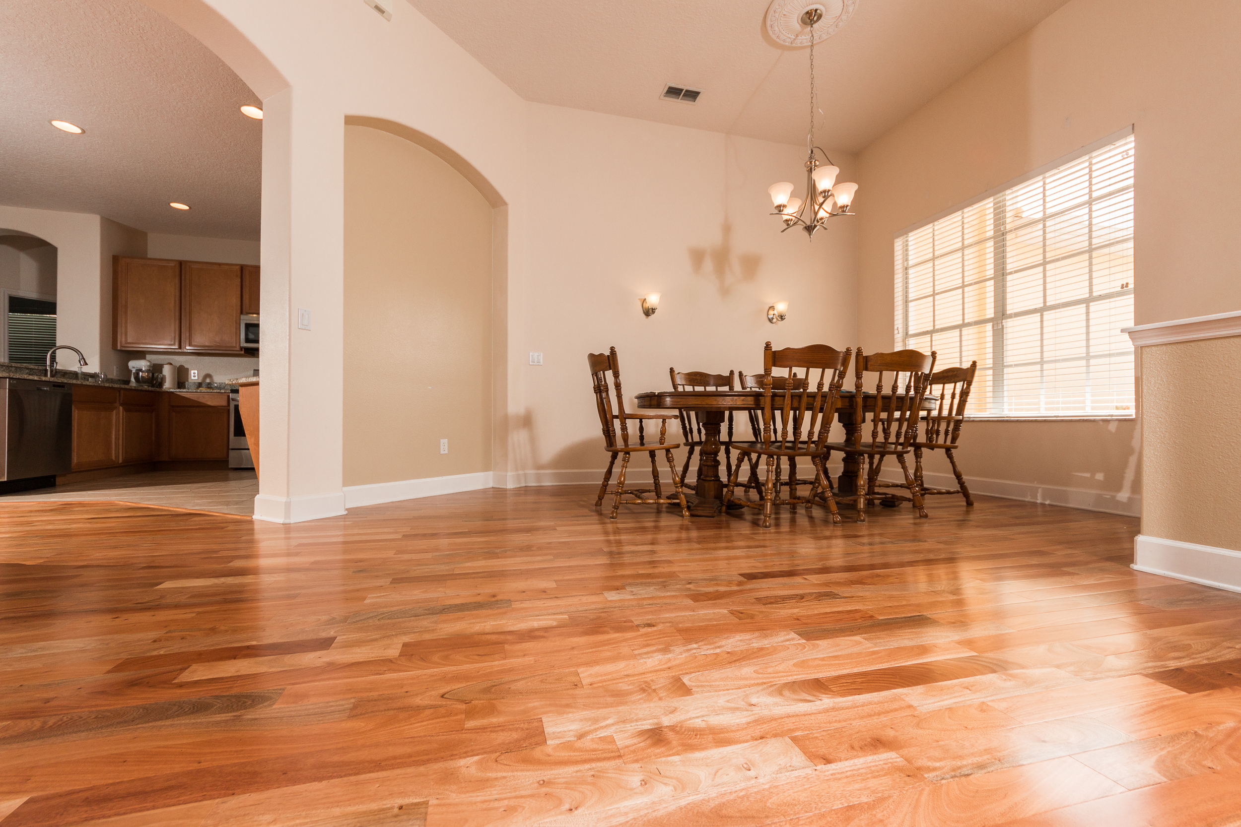 Brazilian Amendoim Wood Flooring in Dining Room
