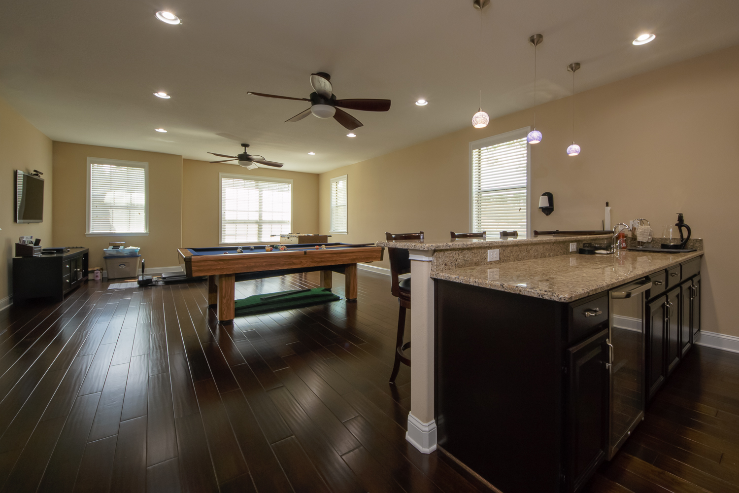 Spanish Hickory Blackhills Wood Flooring in Rec Room with pool table