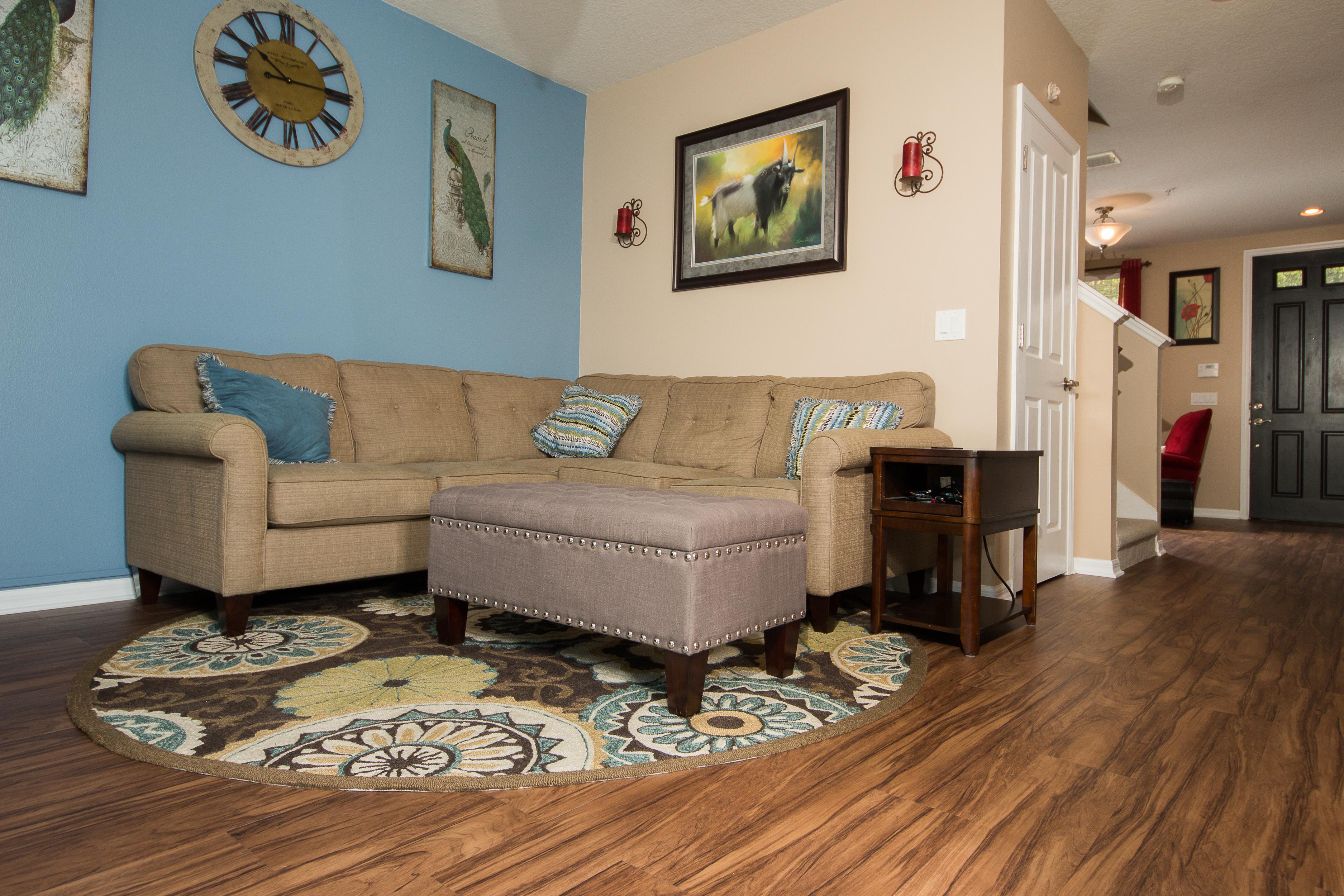 PVC Vinyl & Gray Carpet flooring sitting room